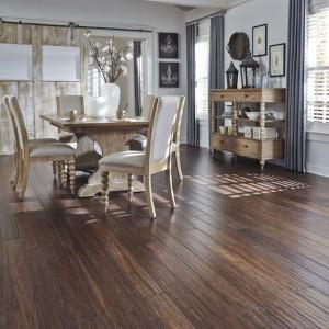 bambukinės grindys šaltinis Lumber Liquidators